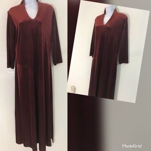 Cold water Creek velour maxi. NWT